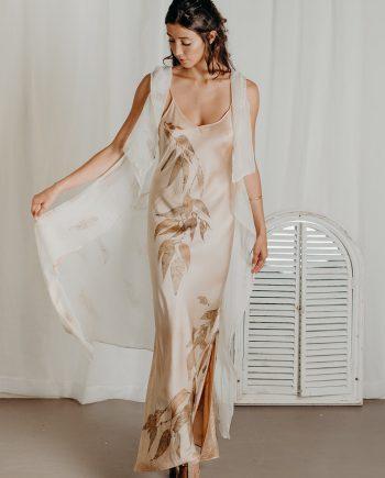 Silk no sleeve kimono