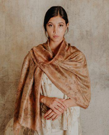 Wild silk wrap ( Ashima )